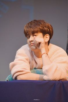 chanwoo is sucha softie pls protect him at all costs uwu