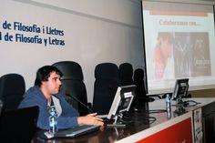 Kevin Fernández García durante su ponencia (Jornadas culturales ¿Por qué Japón?, 2014)