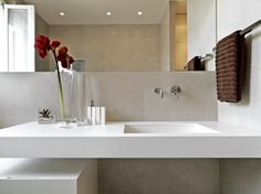 So fresh! Contemporary bathroom.