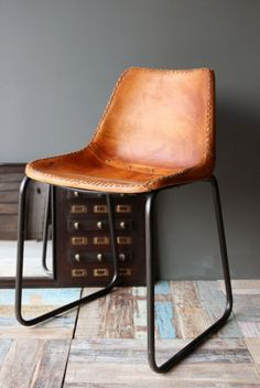 Industrial leather dining chairs from Rockett St George. Another option for dining chairs. Wooden Dining Chairs, Industrial Dining Chairs, Leather Dining Chairs, Vintage Industrial Furniture, Dining Furniture, Home Furniture, Furniture Design, Modern Industrial, Design Industrial