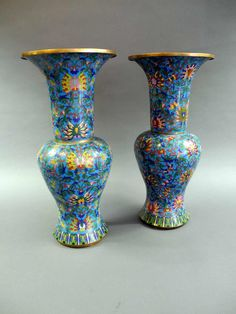 Some extraordinary cloisonné vases, reich fitted out, China, 18th century, H approximate 76 cm  Dealer Kunst- & Auktionshaus Walter Ginhart ...