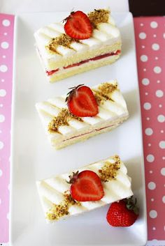 Gourmet Baking: Strawberry Obsession: Strawberry Shortcake, Strawb...