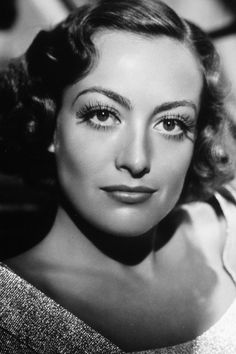 Retro Beauty Secrets - Joan Crawford, Audrey Hepburn and more! From Glamour Magazine (UK) Old Hollywood Glamour, Golden Age Of Hollywood, Vintage Hollywood, Hollywood Stars, Classic Hollywood, Hollywood Divas, Classic Actresses, Actors & Actresses, Hollywood Actresses