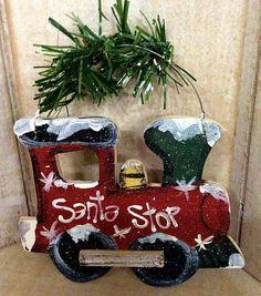 21 Christmas Porch Decoration Ideas - Best of DIY Ideas Wooden Christmas Crafts, Christmas Yard Art, Christmas Train, Outdoor Christmas Decorations, Christmas Signs, Decor Crafts, Holiday Crafts, Craft Decorations, Christmas Ideas