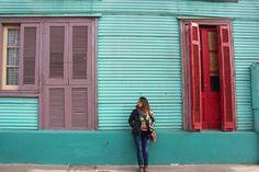 Ella    #nofilter #buenosaires #laboca #caminito #colors #windows #doors #ventanas #puertas #buenosaires #argentina #she #ella #ela #janela #porta #casa #tradicional #elcaminito #cores #colores #viagem #vacaciones