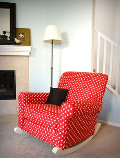 I would design my entire nursery around this chair if I could buy it. Im in love!