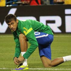 Need to know: Neymar, racism and the World Cup Brazil World Cup, World Cup 2014, Sociology Topics, Racial Diversity, Living In Brazil, Comparative Literature, Soccer Stars, Neymar Jr, Ted Talks