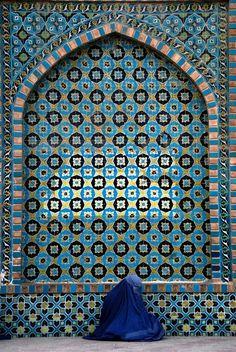 Afghanistan in blue - PhotoBlog
