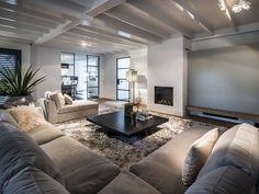 Living Room Decor Cozy, Home Living Room, Interior Design Living Room, Living Room Designs, Home Decor Styles, Luxury Living, Luxury Homes, New Homes, Decoration