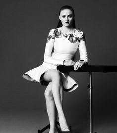 picsurge.com - Sophie Turner