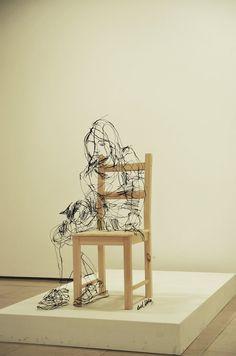Zupi / Esculturas de arame de David Oliveira