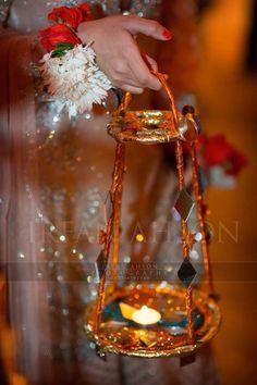 indian wedding photography new jersey Blue Wedding Receptions, Desi Wedding Decor, Indian Wedding Decorations, Ceremony Decorations, Disney Wedding Favors, Best Wedding Favors, Wedding Crafts, Pakistani Mehndi Decor, Mehendi Decor Ideas