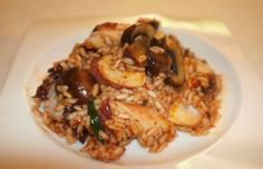 Summer risotto with Illex from the Atlantic and mushrooms