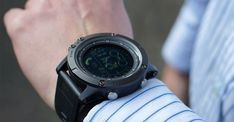 The Invincible Military Inspired SmartWatch Every Guy in The United States is Talking About.(It's Super Tough! Smartwatch, Macho Alfa, Smartphone Apple, James Bond Watch, Track Your Steps, Extreme Workouts, Military Gear, Gps Tracking, Digital Watch