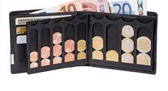 Aufgeklappte EiMiX Geldbörse und aufgeklappte Münzbox, welche mit Münzen bestückt ist, die Kante an Kante liegen. Aus dem Scheinfach ragen 2 Geldscheine heraus.