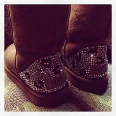 Blingy Leopard Uggs: These might be my favorite kind of UGGS