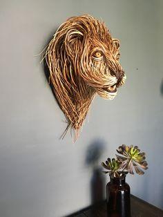 Willow Trophy Head Driftwood Sculpture, Sculpture Clay, Willow Weaving, Basket Weaving, Animal Sculptures, Wall Sculptures, Jeff Leatham, Traditional Baskets, Basket Crafts