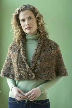 Knitting Patterns Outlander Free knitting pattern for Library Capelet - Lion Brand Yarn& design feature. Capelet Knitting Pattern, Knitted Capelet, Sweater Knitting Patterns, Knitting Designs, Free Knitting, Caplet Pattern, Hat Patterns, Loom Knitting, Crochet Designs
