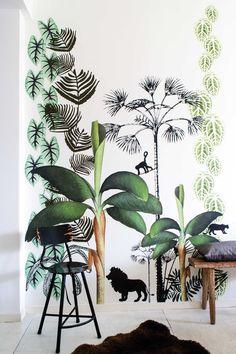 Beautiful Jungle Mural Wallpaper Design Ideas For Kids Room Deco Jungle, Jungle Room, Tropical Nursery, Cool Kids Bedrooms, Kids Room Wallpaper, Wallpaper Jungle, Stunning Wallpapers, Inspiration Wall, Kids Decor