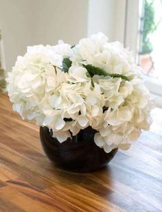 Hydrangea in a Black Goldfish Bowl, White | RTfact | Artificial Silk Flowers