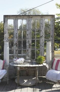 20 ideas for handmade furniture and decorations from old .- handmade furniture and decorations from old doors table sofa idea - French Country Garden Decor, Old Doors, Interior Design Diy, Old French Doors, Vintage Porch, Handmade Furniture, Door Table, Shabby Chic Garden Decor, Porch Decorating