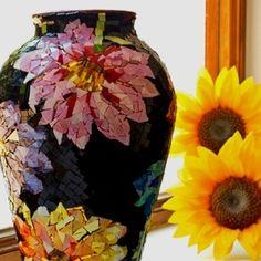 mosaic flower base by suzana