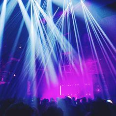A nice surprise from our neighbours- Jaakko Eino Kalevi- great beats meet great synth sounds. #music #tallinnmusicweek #tallinnmusicweek2016 #jaakkoeinokalevi #synthpop #greatbeats #synthsounds #kultuurikatel #andthelightingisgreataswell #streetstyle #tallinnstreetstyle #TSS
