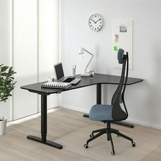IKEA - BEKANT, Corner desk right sit/stand, black stained ash veneer black, Limited Warranty. Read about the terms in the Limited Warranty brochure. Changing positions between sitting and standing helps you move your body so you both feel and work better. Ikea Bekant, Ikea Canada, Adjustable Height Desk, Corner Table, Black Desk, Black Corner Desk, Under The Table, White Stain, White Desks