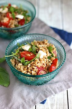 Farro Caprese Salad? Yes, please!