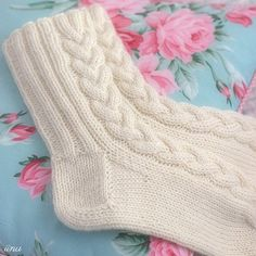 Ravelry: KANELI socks pattern by Marianne Heikkinen Diy Crochet And Knitting, Crochet Socks, Knitted Slippers, Crochet Art, Knitting Charts, Baby Knitting Patterns, Knitting Socks, Crochet Patterns, Knit Socks