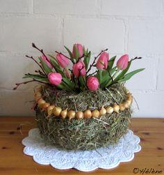 Heu, Zwiebeln und Tulpen