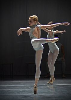 William Forsythe, Th
