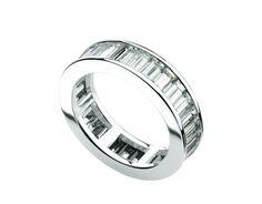 Eternity Bands Fedi nuziali oro bianco AN851369 - Scopri le collezioni Bulgari sul sito ufficiale: il prestigioso gioiellere italiano - anelli, collane, bracciali e altri splendidi gioielli di lusso