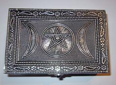 TRIPLE MOON PENTAGRAM METAL TAROT BOX 150 x 95 x60 mm  Wicca Pagan Witch Goth