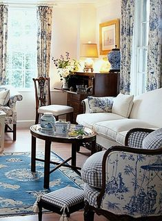 Comfy French Country Living Room Decor Ideas 17 Bequeme französische Land Wohnzimmer Dekor Ideen 17 This image has get. French Country Rug, French Country Bedrooms, French Country Decorating, French Style, Country Style, Bedroom Country, Rustic French, French Home Decor, French Cottage
