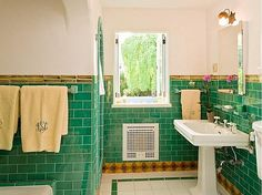 Love the green! It's a 1927 Spanish house that sits on 1.54 acres and was Grant's Hollywood hideaway for 20 years.