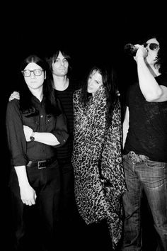 the dead weather- Hellz ya!