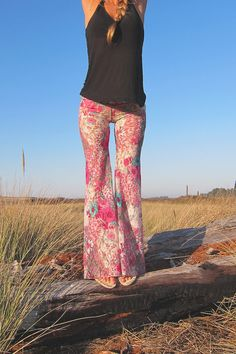 BOHEMIAN floral lace hippie boho dance beach resort yoga festival burning man gypsy flare bell bottom pants with shorts liner (optional) Hippie Chic, Hippie Style, Boho Chic, Modern Hippie, Tribal Style, Women's Dresses, Fashion Dresses, Bell Bottom Pants, Bell Bottoms
