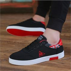 Men's Causal Shoes 2018 New Summer Men Canvas Shoes Breathable Classic Flat Male Brand Footwear Fashion Sneakers for Men Korean Fashion Summer Casual, Korean Fashion Kpop, Mens Fashion Shoes, Sneakers Fashion, Moda Sneakers, Tenis Casual, Aliexpress, Men's Shoes, Shoes Men