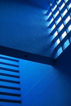 azul. camino real polanco, mexico, d.f. architect: ricardo legorreta © desixlb 2014