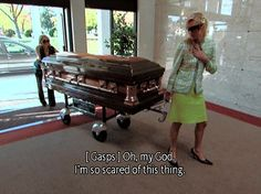 """That time they worked in a funeral home. 27 Iconic Moments From Paris And Nicole's """"The Simple Life"""" 6 Feet Under, Paris And Nicole, Paris Hilton, Reality Tv, Reaction Pictures, Aesthetic Pictures, Old School, Tv Shows, Lol"""