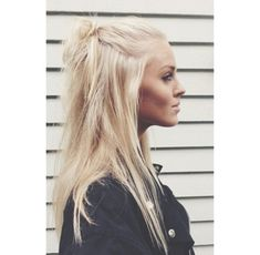 make-up hair video hairstyles cute hairstyles soft grunge hair hair accessory hair bow hair tutorial hair/makeup inspo platinum hair
