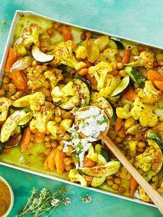 Lecker, unser veganes Rezept für Blumenkohlcurry vom Blech haut einfach jeden um! Das macht süchtig... #lecker #vegan #curry