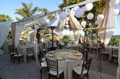 35 awesome backyard reception ideas for your wedding