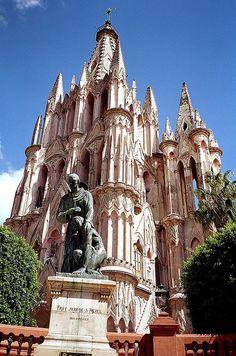 Parroquia de San Miguel de Arcangel,     San Miguel de Allende, Mexico.