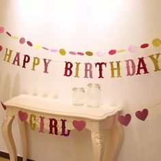 varal de letras com glitter Happy Birthday Girls, Ladybug, Birthday Cake, Glitter, Craft, Ideas, Clothes Line, Interesting Stuff, Draw