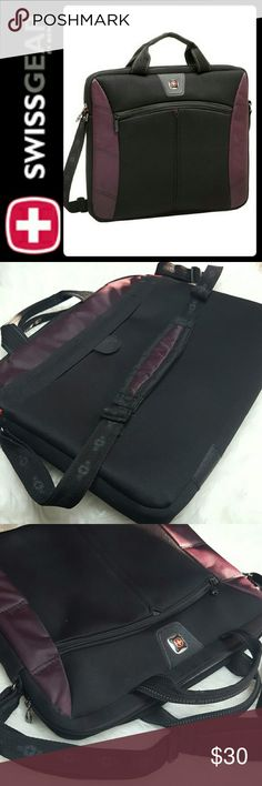 Swiss Gear Sherpa Laptop Bag SwissGear Signature Bag in Slim Laptop Case! Adjustable Strap can Be Use as Crossbody Bag! Zipper Top Closure Opens to Fully Padded Interior! Approx Size H12xW14xD2 inches, Used in Excellent Condition! SwissGear Bags