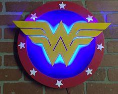 Dual Color Justice League Superman Comic Book Superhero Illuminated Neon Glowing LED Logo Wall Art for Mancave, DC Super Hero Girls: Super Hero High Super Hero High, Dc Super Hero Girls, Logo Wonder Woman, Superman Wonder Woman, Tabletop, Superman Comic Books, Wonder Woman Birthday, Led Logo, Superhero Room