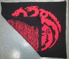 Ravelry: House Targaryen Banner (Game of Thrones) pattern by Rayann Schell Crochet Stitches, Ravelry, Game Of Thrones, Projects To Try, Wings, Banner, Crafty, My Love, Small Changes