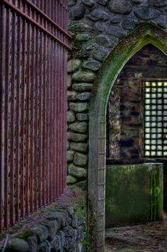 Dundas Castle, NY